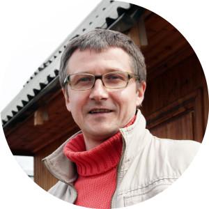 Максим Погребняк